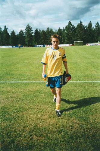 DRIBLESTERK: Martin Bengtsson var en sentral spiller på aldersbestemte landslag for Sverige og markerte seg med smarte pasninger og kreative finter.