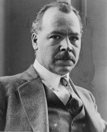 Nicolai Vavilov reiste verden rundt og samlet frø og grunnla verdens første frøbank i St. Petersburg i Russland i 1921.