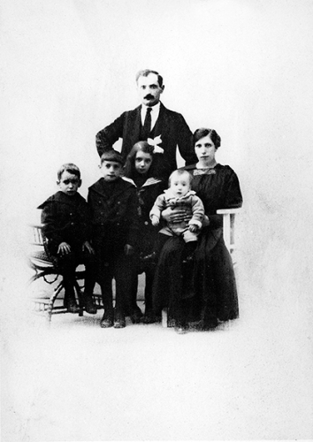 Fra Gyldendal_Familien_B_1919